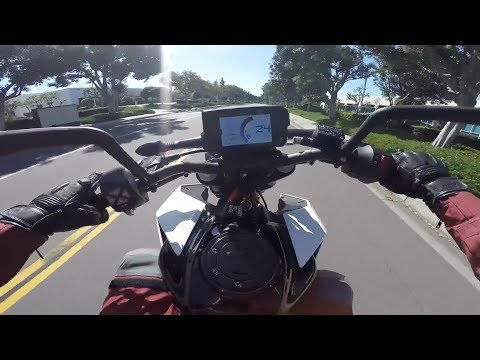 2018 KTM 390 Duke Review | MC Commute
