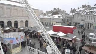 preview picture of video 'Grande roue du marché de Noël de Besançon'