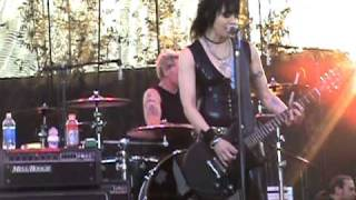 Joan Jett & The Blackhearts LIVE! [2-20-11]