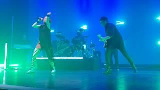 Garbage - Dumb live 2018