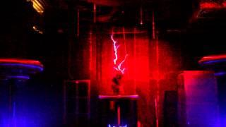 Шоу музыкальных катушек Тесла