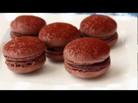 Dark Chocolate Macarons – French Macaron Recipe – Meringue Cookies