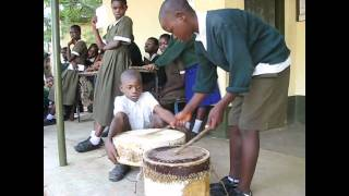 preview picture of video 'The drummer from Kisumo'