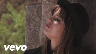 Inocente Colectivo - Fabiana Cantilo  (Video)
