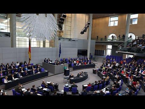 Εγκρίθηκε από τη Bundestag η συμφωνία για το ελληνικό πρόγραμμα…