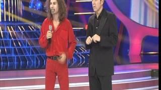 JULIO IGLESIAS JUNIOR imita al cantante Umberto Tozzi - ANTENA 3 TV