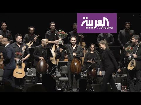 العرب اليوم - شاهد: الموسيقى العربية تُعزف للمرة الأولى في دار أوبرا برشلونة