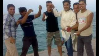 preview picture of video '3 Idiots in Bahrain Fishing Party.mp4'