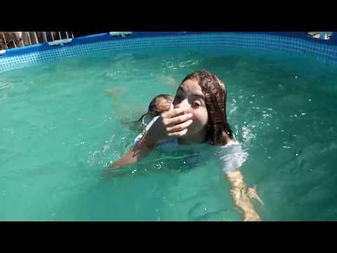 Swimming. Lost the ring((( Купаемся. Потеряла кольцо(((