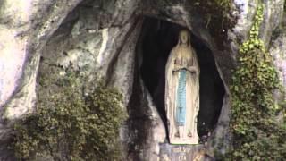 preview picture of video 'Chapelet TV 2000 italien animé par le Père Brito, recteur de Lourdes'