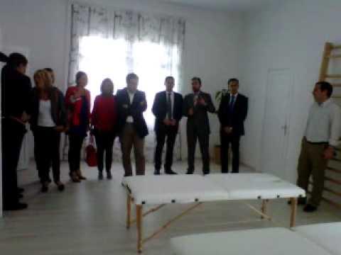 Elías Bendodo visita las instalaciones de la Fundación Luis Olivares en LA NORIA