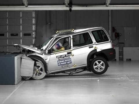2002 Land Rover Freelander moderate overlap test