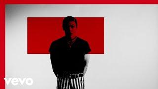 Musik-Video-Miniaturansicht zu teresa Songtext von YUNGBLUD