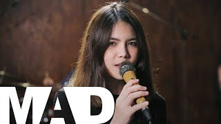 [MAD] กอด - Clash (Cover) | Beam Monthicha​