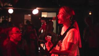 "Florrie ""Begging Me"" Live in Madrid"