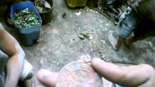 Ang anting anting na nakuwa sa Bahay na nasunog