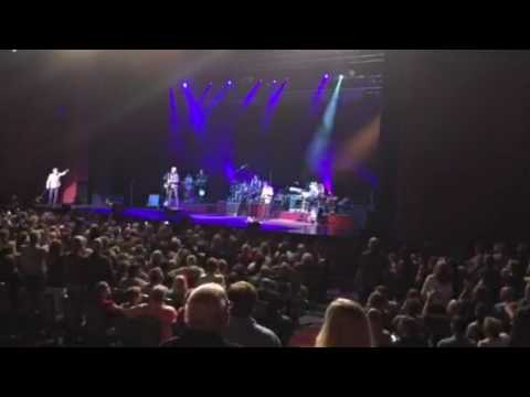 Huey Lewis and the News - The Heart of R&R
