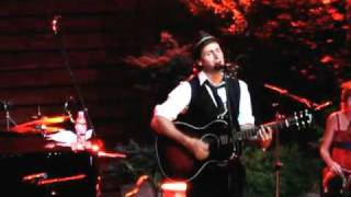 Raine Maida & Chantal Kreviazuk - Clumsy - Live at Jackson Triggs