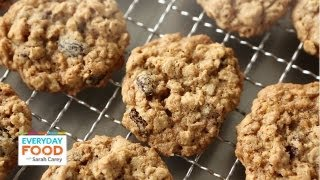 oatmeal raisin cookies made with whole wheat flour