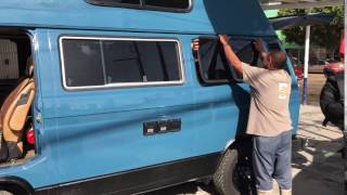1982 Volkswagen Vanagon Westfalia Rear Window Removal