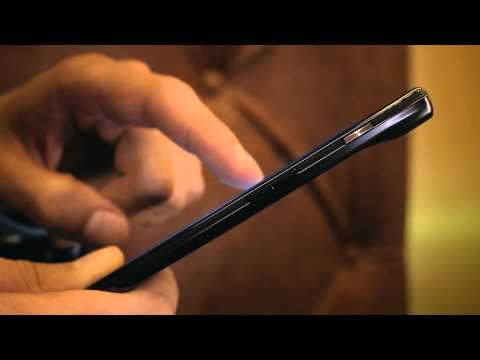 MOTOROLA DROID RAZR™ Official Motorola Commercial