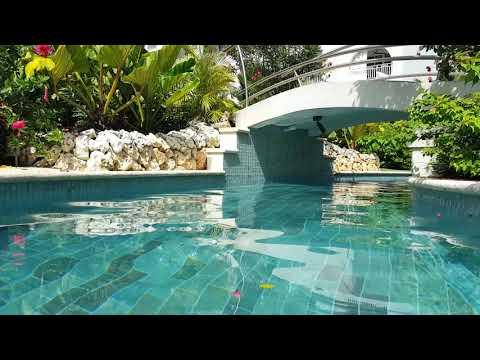 Sandals Barbados Swim Up Crystal Lagoon