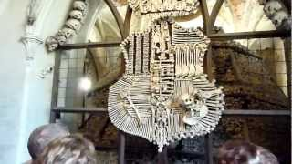 preview picture of video 'Sedlec Ossuary (Bone Church) , Kutná Hora (near Prague), Czech Republic'