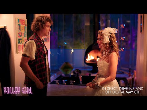 "Video trailer för VALLEY GIRL Clip: ""Party"""