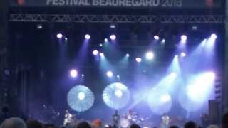 preview picture of video 'Bloc Party - Octopus (Live Au Festival Beauregard 2013)'