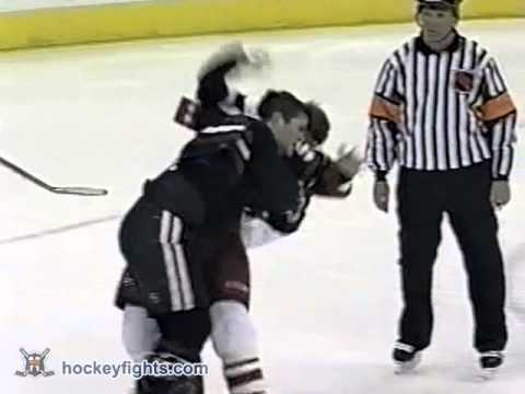 Lyle Odelein vs Jody Shelley