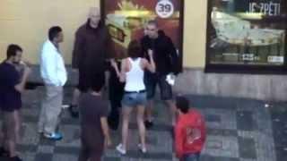 Bitka v Praze u KFC