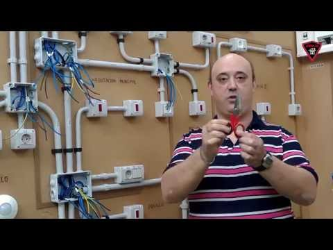 Tijeras de electricista