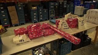 Sinterklaas spekt de voedselbank