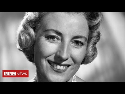 Britain's wartime sweetheart Dame Vera Lynn dies aged 103 - BBC News