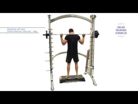 Standing calf raise Smith machine, toes out step - Kuit oefening - Onlinetrainingsschema.nl