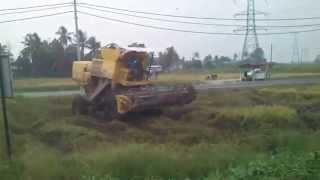 Mesin Padi 1545 S Di Pmtg Buluh (Khamis 18 9 2014)