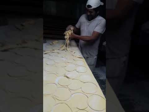 Cortador de  pan más rápido del mundo. .Cristian rojas