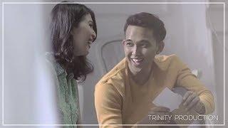 Indra Sinaga - Menikmati Cinta | Official Video Clip
