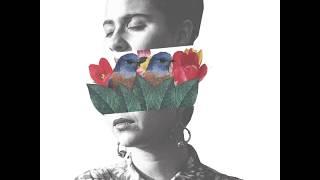 Silvana Estrada —Te Guardo (Lyric Video)