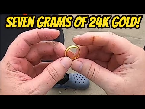 Beach Metal Detecting After Huge Storm - 24K Gold Ring Found