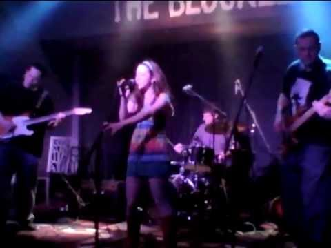 Golden Phi - That Ain't Me - The Blockley - 05.08.2012