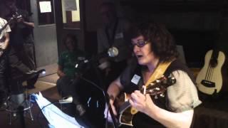 "BUG! ""The Spinningwheel"" (John McDermott) - Ukulele Cover by Paddy"