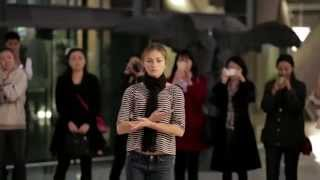Video : China : The Dutch National Ballet, impromptu performance, BeiJing 北京