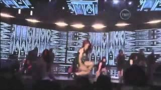 Rihanna ft. Drake - What's My Name (Live) 2011 NBA All-Star Halftime Show