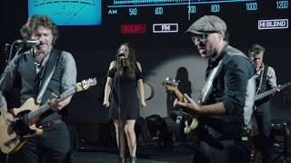 """Video thumbnail of """"Quique González & Los Detectives - El puente del diablo (Live)"""""""