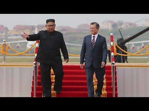Kim welcomes South's Moon in Pyongyang for denuclearisation talks