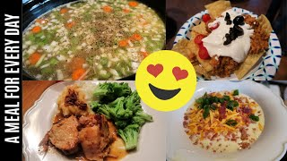 5 EASY CROCK-POT RECIPES | A Recipe For Every Night Of The Week!