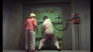 小夫妻为躲避核战,在地下生活35年,没想到因祸得福
