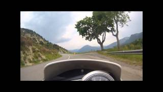 preview picture of video 'trajet digne les bains vers caussols en street triple 09'