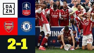 Der FC Arsenal bezwingt Chelsea mit 2:1 und feiert den 14. FA-Cup-Titel - Matchwinner Aubameyang sorgte nach Abpfiff für einen Lacher, als er die Trophäe fallen ließ. Nach früher Führung der Blues durch Christian Pulisic, drehte mit Pierre-Emerick Aubameyang der nächste Ex-Dortmunder auf. Der Gabuner glich zunächst per Strafstoß aus, ehe er dann mit einem Traum-Lupfer seinen nächsten Doppelpack schnürte. Somit buchen die Gunners auch das Europa-League-Ticket für die kommende Saison.  ►Sichere dir deinen Gratismonat: http://bit.ly/DAZNbundesliga1 ►Das Programm von DAZN: http://bit.ly/2uFkulD  ►DAZN auch auf Facebook: https://bit.ly/2lUGipo  +++ Die besten Fußball Highlights aus allen Wettbewerben auf YouTube +++ ►DAZN UEFA Champions League auf YouTube abonnieren: https://bit.ly/2WL75qD  ►DAZN UEFA Europa League auf YouTube abonnieren: https://bit.ly/2DTc8yb  ►DAZN Bundesliga auf YouTube abonnieren: https://bit.ly/2Daw8dS  ►DAZN Länderspiele auf YouTube abonnieren: https://bit.ly/2XAYNSd ►Goal auf YouTube abonnieren: https://bit.ly/2Bk4H0Y   +++ Die besten Sport Highlights auf YouTube +++ ►DAZN Tennis auf YouTube abonnieren: https://bit.ly/2DblEuK  ►DAZN Darts auf YouTube abonnieren: https://bit.ly/2ScVbqU    ►SPOX auf YouTube abonnieren: https://bit.ly/2MPaQqI   Erlebe tausende Sportevents in HD-Qualität auf allen Geräten. Auf DAZN gibt's europäischen Top-Fußball mit UEFA Champions League, UEFA Europa League, Bundesliga, Copa America, La Liga, der Serie A und Ligue 1 sowie den besten US-Sport aus NFL, NBA, MLB und NHL. Dazu: Fight Sports, Darts, Tennis, Hockey und vieles mehr - wann und wo du willst.  ERLEBE DEINEN SPORT LIVE UND AUF ABRUF. AUF ALLEN GERÄTEN.  +++ Über DAZN +++ DAZN ist ein Livesport-Streamingdienst, der es Fans erlaubt, Sport so zu erleben, wie sie es möchten. Egal ob live zu Hause, unterwegs, zeitversetzt oder im Rückblick, DAZN bietet über 8.000 Sportübertragungen pro Jahr und beinhaltet damit das umfangreichste Sportangebot, das es jemals bei ein